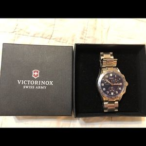 Victorinox Swiss Army Watch - model 241497